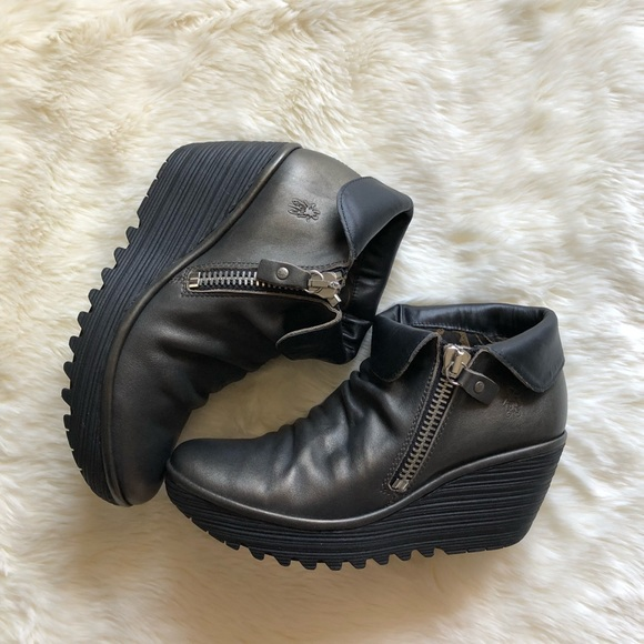 bbe9df8f984 Fly London Shoes - Fly London Yoxi Wedge Bootie